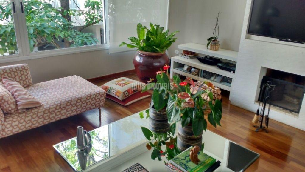 Casa em Condomínio Fechado para Venda - Vila Romana