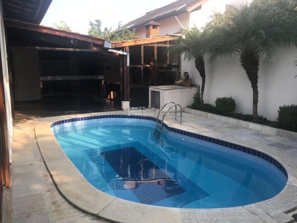 Casa em Rua Sem Saída para Venda - Jardim Campo Grande