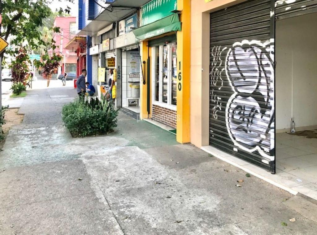 Casa Térrea para Locação - Santo Amaro