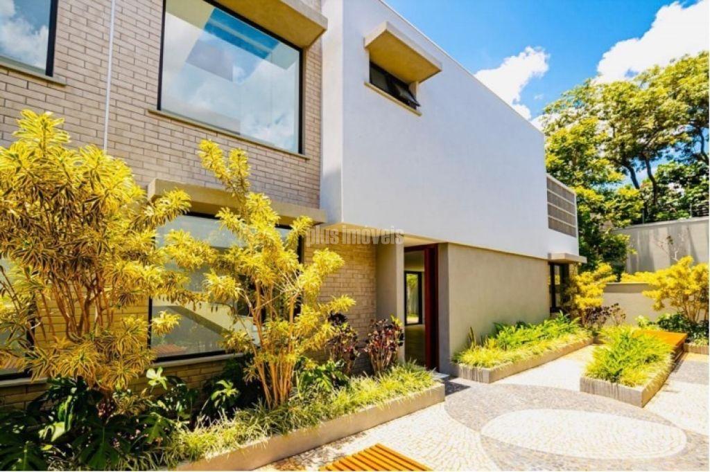 Casa em Condomínio Fechado para Locação - Moema