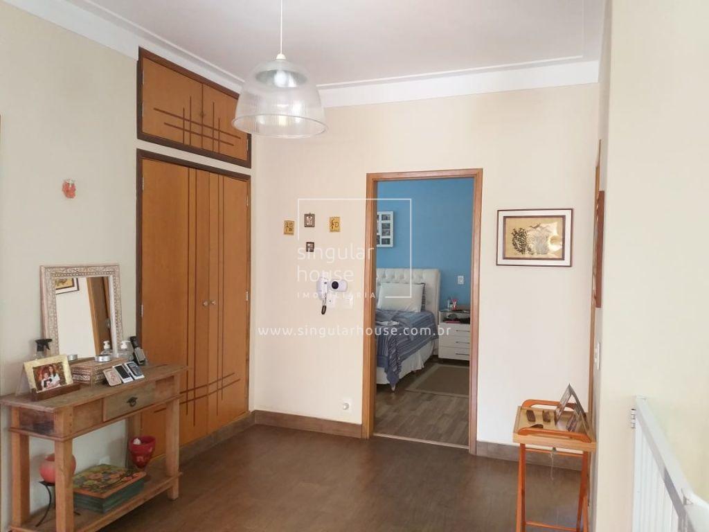 Casa | 4 dormitórios
