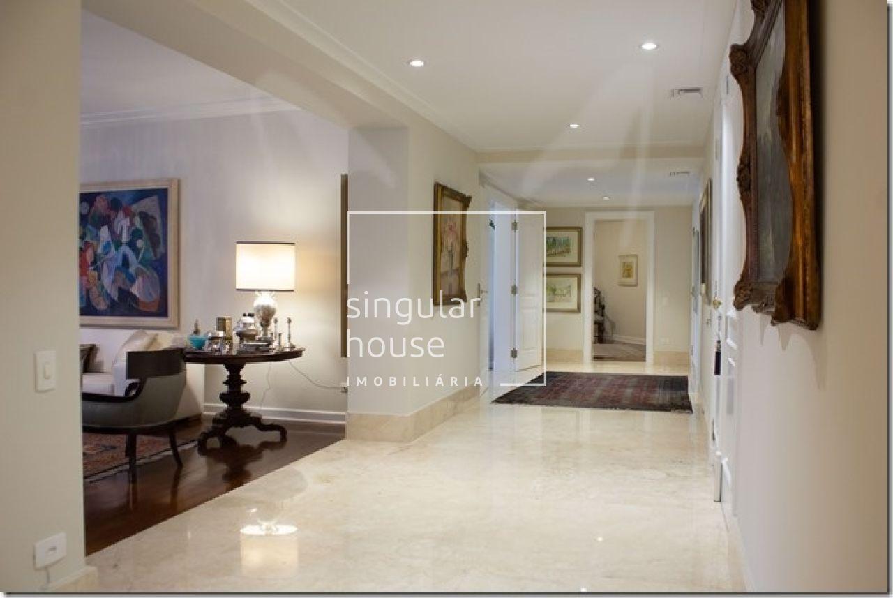 609 m²   4 Suítes   Jardins