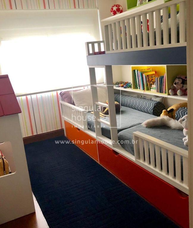 Cobertura | 3 Suítes | 330 m²