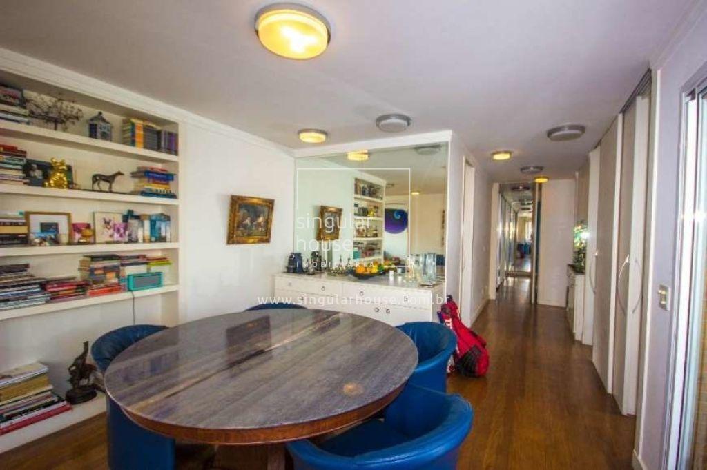 3 Dormitórios | 130 m² | Itaim Bibi