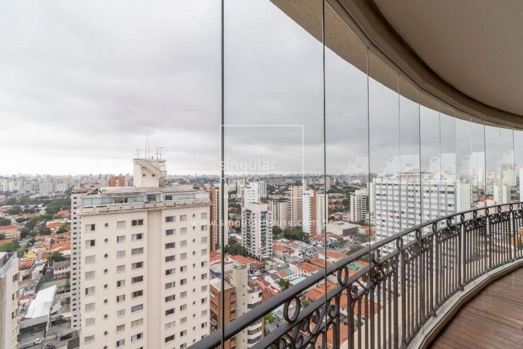 BELÍSSIMO APTO 252m² | 4 SUÍTES | ANDAR ALTO | DECORADO