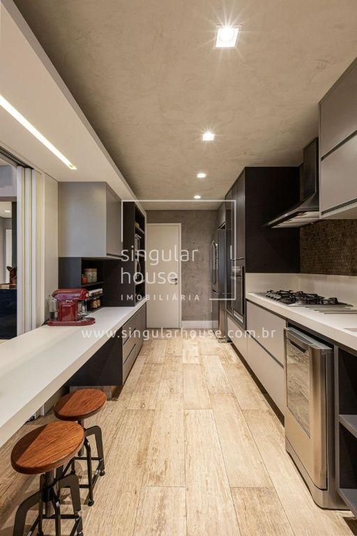 302 m² | 3 suítes | Panamby