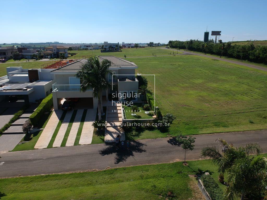 ALTÍSSIMO PADRÃO 551m² | 5 suítes | DECORADA | COND FECHADO