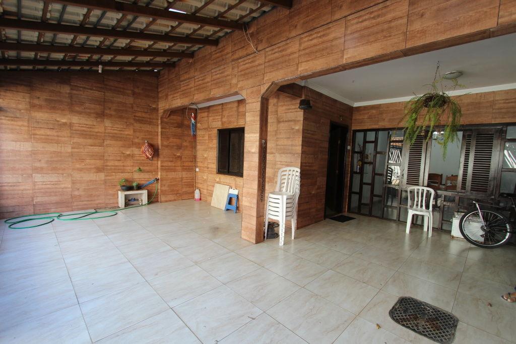 Casa Assobradada para Venda - Guará II