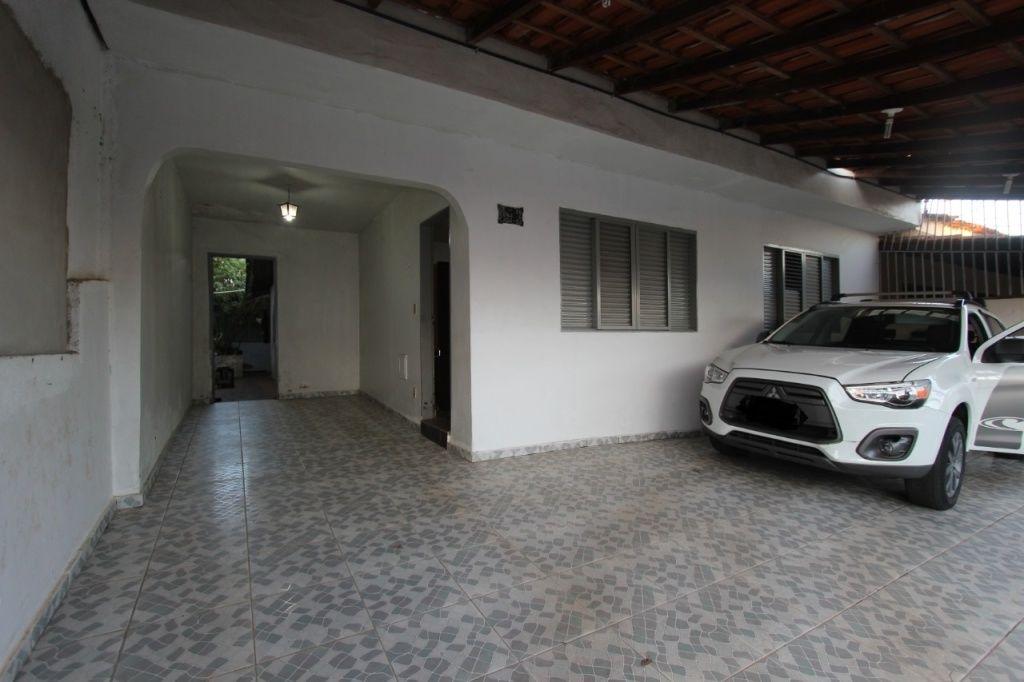 Casa Térrea para Venda - Guará II