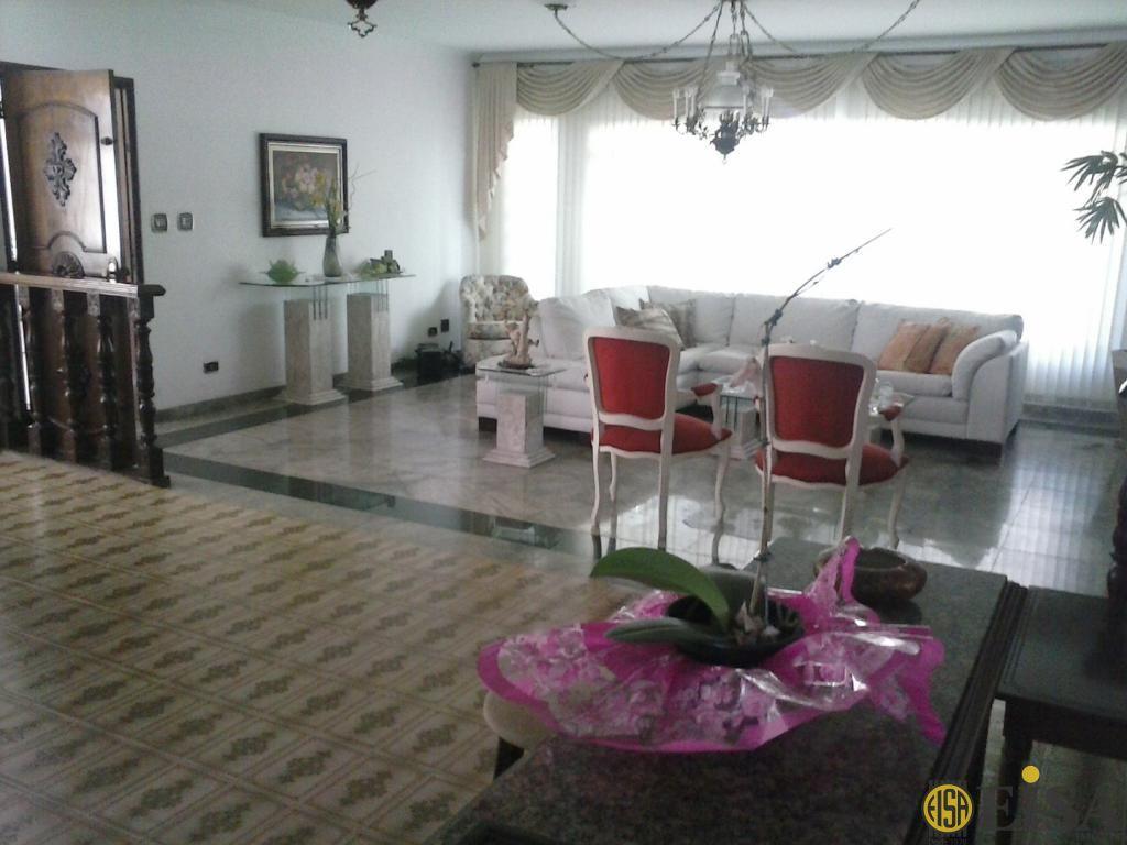 VENDA | CASA TéRREA - Vila Rosália - 3 dormitórios - 6 Vagas - 300m² - CÓD:EJ2831