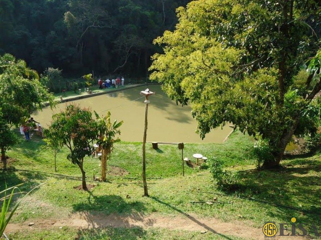 VENDA | CHACARA - Centro - 4 dormitórios - 4 Vagas - 3000m² - CÓD:ET212
