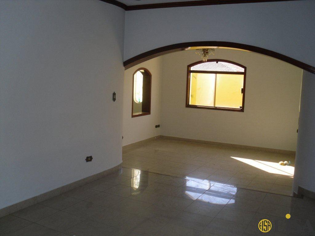 VENDA | CASA TéRREA - Barro Branco Zona Norte - 3 dormitórios - 6 Vagas - 295m² - CÓD:ET734