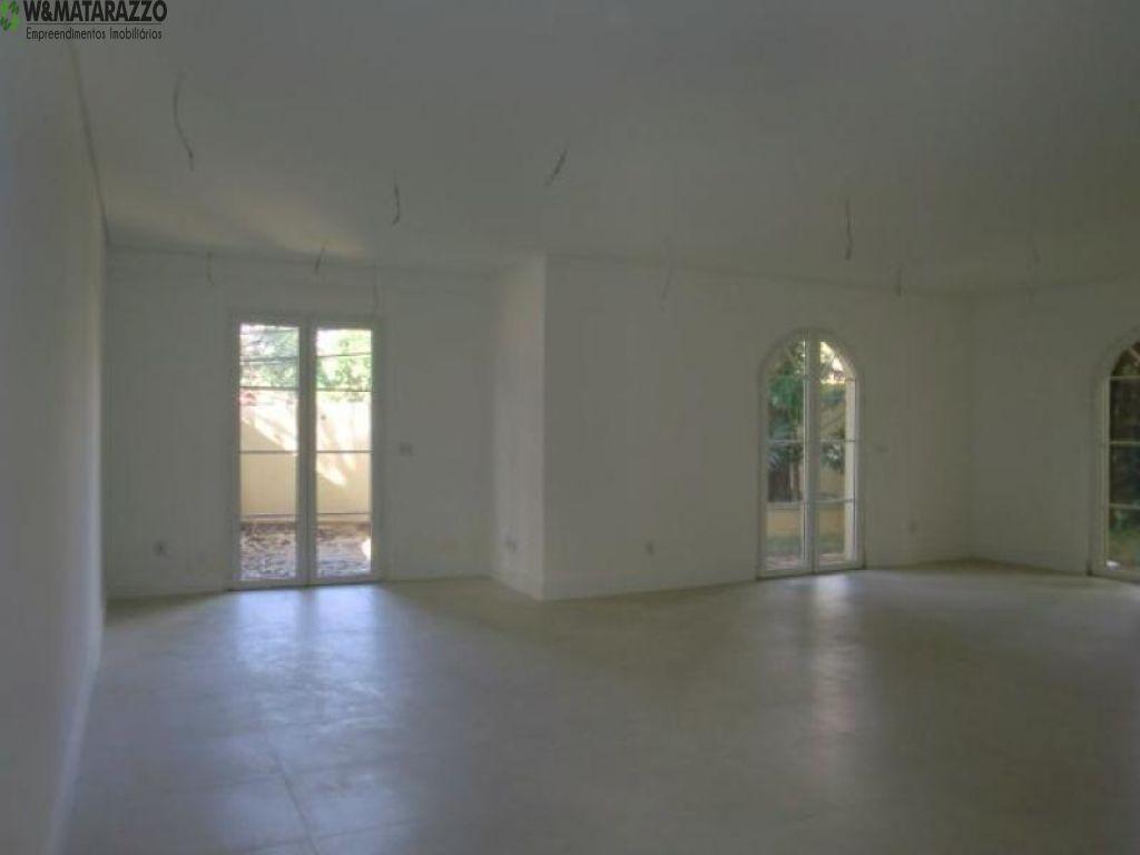 Casa de Condomínio Jardim Petrópolis 4 dormitorios 6 banheiros 4 vagas na garagem