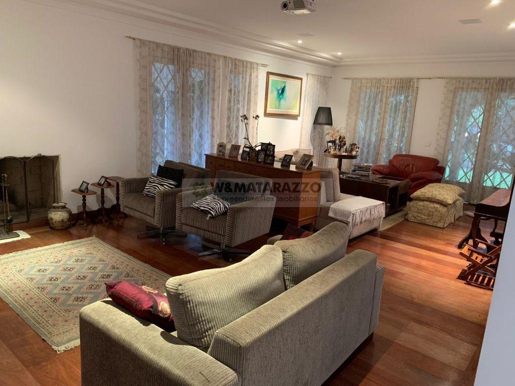 Casa de Condomínio Jardim Petrópolis 4 dormitorios 6 banheiros 5 vagas na garagem