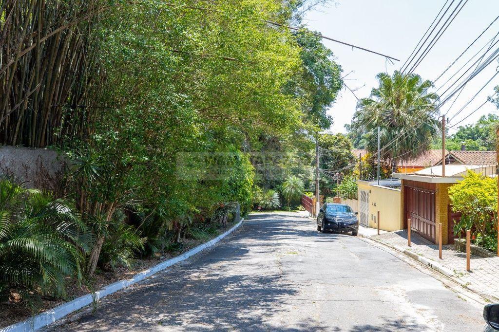 Casa de Vila Jardim Hípico 4 dormitorios 4 banheiros 2 vagas na garagem