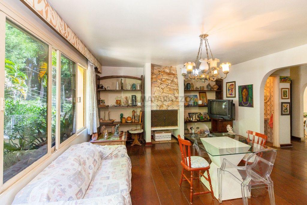 Casa Chácara Monte Alegre 3 dormitorios 4 banheiros 4 vagas na garagem
