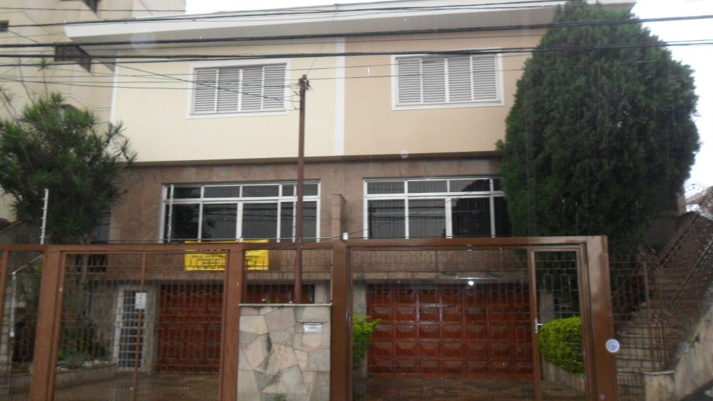 Casa Assobradada para Locação - Vila Paulicéia