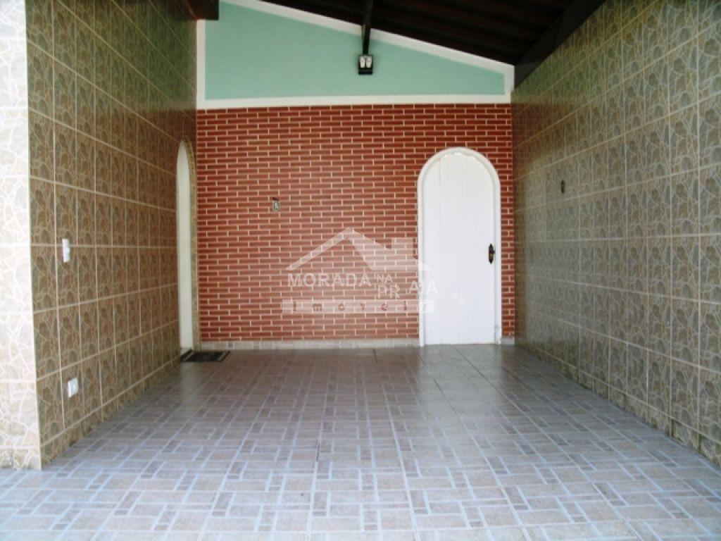 Garagem do casa isolada com 3 dormitórios em Canto do Forte - Praia Grande