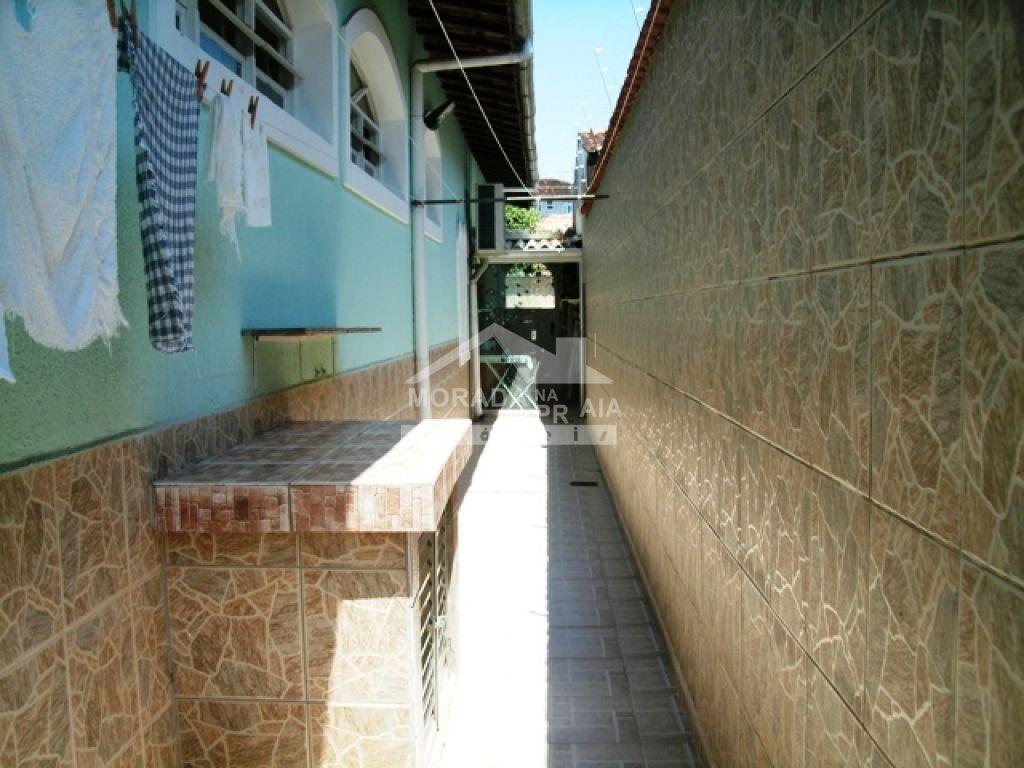 Corredor 01 do casa isolada com 3 dormitórios em Canto do Forte - Praia Grande