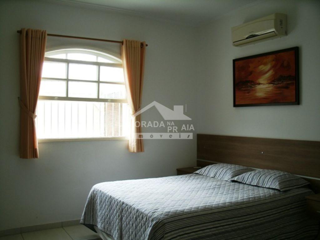 Suíte 01 do casa isolada com 3 dormitórios em Canto do Forte - Praia Grande