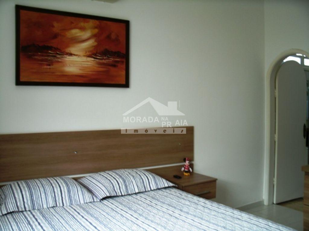 Suíte 01 ang 03 do casa isolada com 3 dormitórios em Canto do Forte - Praia Grande
