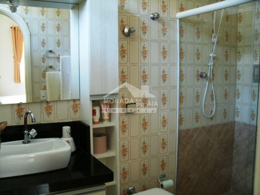 WC suíte 01 do casa isolada com 3 dormitórios em Canto do Forte - Praia Grande