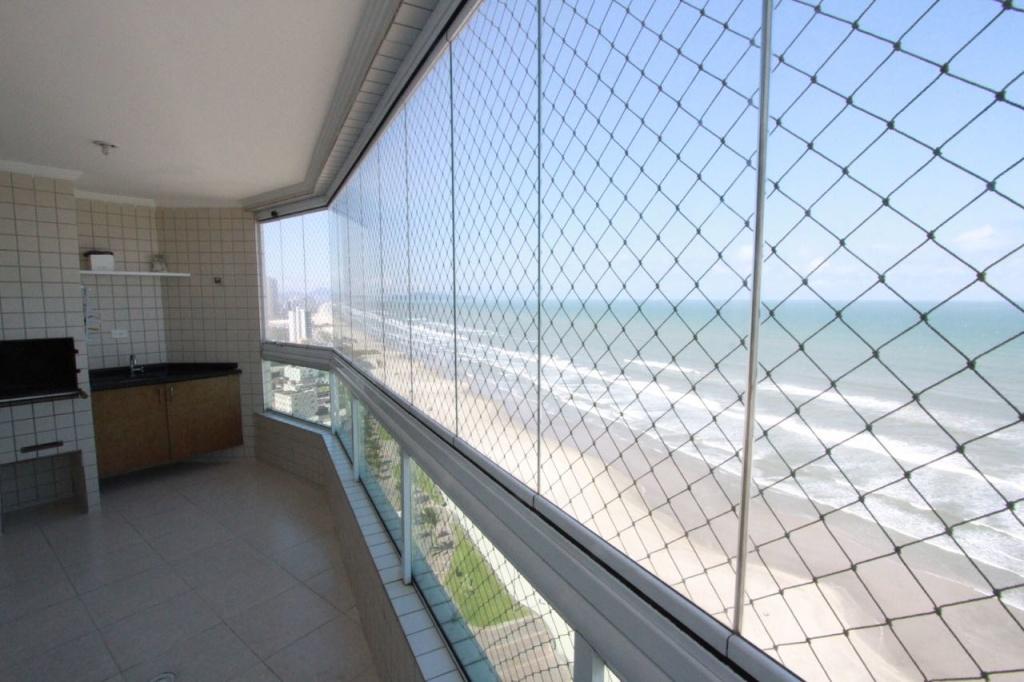 Sacada do apartamento com 2 dormitórios em Vila Mirim - Praia Grande