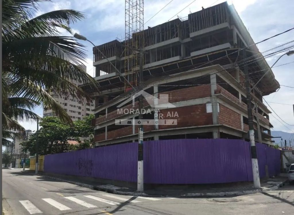 Frente do prédio do apartamento com 2 dormitórios em Balneário Maracanã - Praia Grande