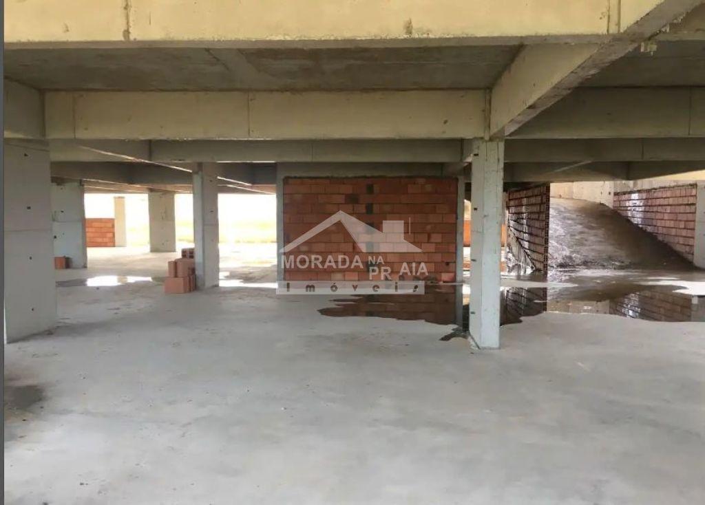Garagem do apartamento com 1 dormitórios em Balneário Maracanã - Praia Grande