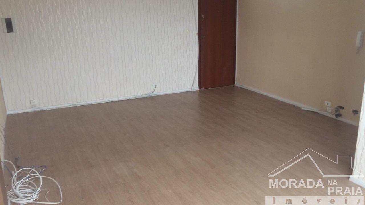 Sala ang 04 do sala com  dormitórios em Boqueirão - Praia Grande