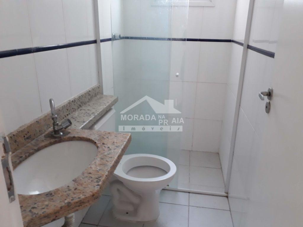 WC da Suíte do apartamento com 2 dormitórios em Canto do Forte - Praia Grande