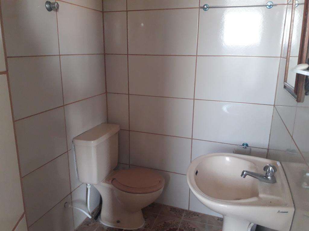 WC do kitinet com  dormitórios em Boqueirão - Praia Grande
