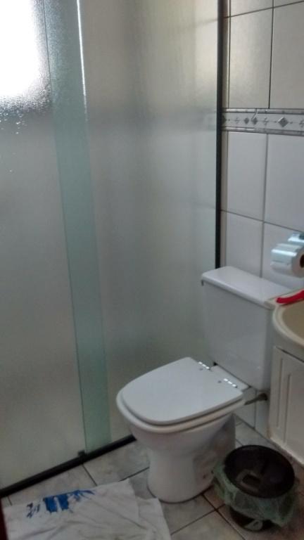 Wc do apartamento com 1 dormitórios em Vila Guilhermina - Praia Grande