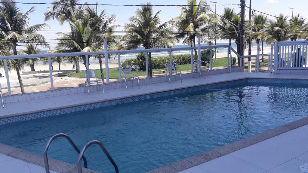 Piscina do apartamento com 2 dormitórios em Balneário Maracanã - Praia Grande