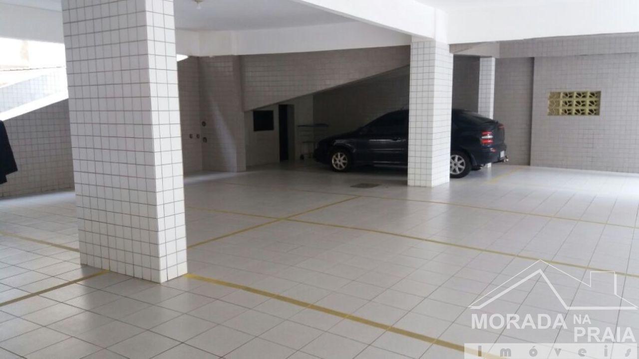Garagem do apartamento com 3 dormitórios em Campo da Aviação - Praia Grande