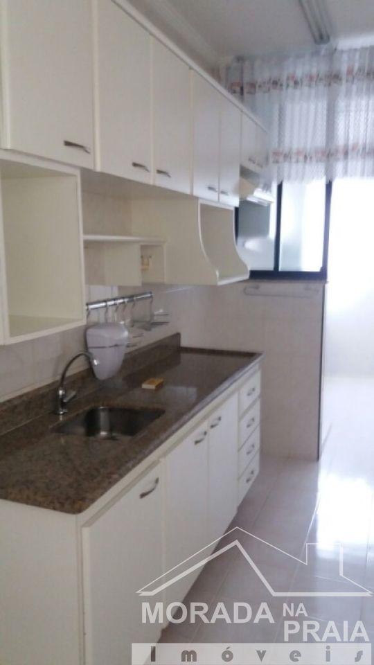 Cozinha ang 04 do apartamento com 3 dormitórios em Campo da Aviação - Praia Grande