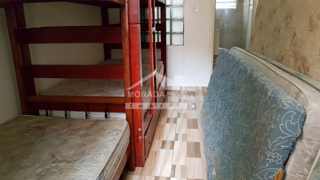 Dormitório 02 ang 02 do apartamento com 2 dormitórios em Canto do Forte - Praia Grande
