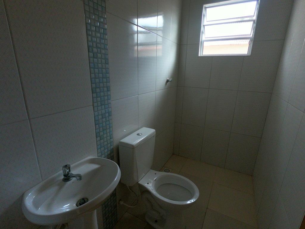 Suíte do casa geminada com 2 dormitórios em Balneário Esmeralda - Praia Grande