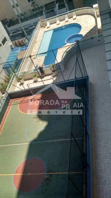 Piscina e quadra do apartamento com 2 dormitórios em Cidade Ocian - Praia Grande