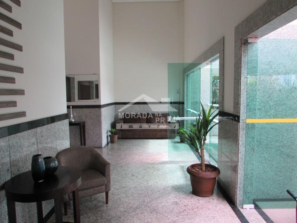 Hall de entrada do apartamento com 2 dormitórios em Cidade Ocian - Praia Grande