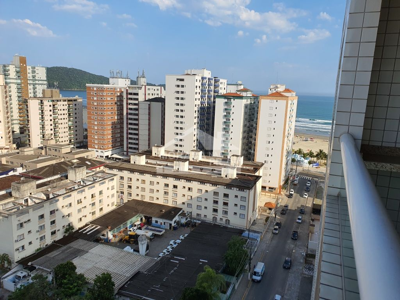 do apartamento com 3 dormitórios em Vila Guilhermina - Praia Grande
