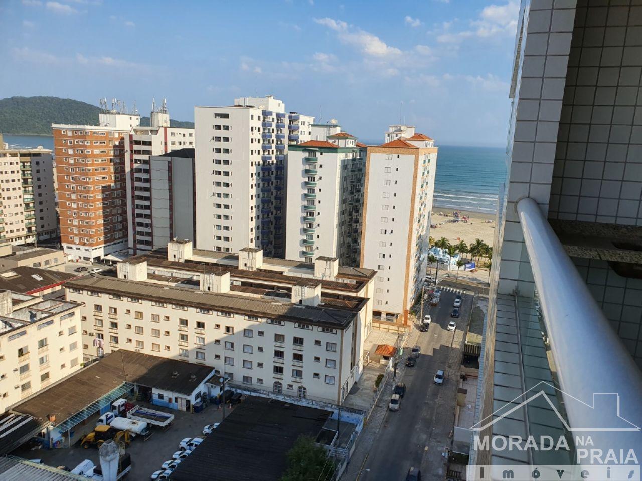 Suíte 01 do apartamento com 2 dormitórios em Vila Guilhermina - Praia Grande