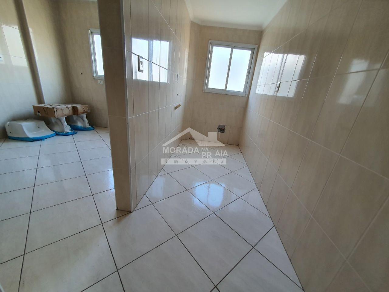 Sacada da sala do apartamento com 3 dormitórios em Vila Guilhermina - Praia Grande