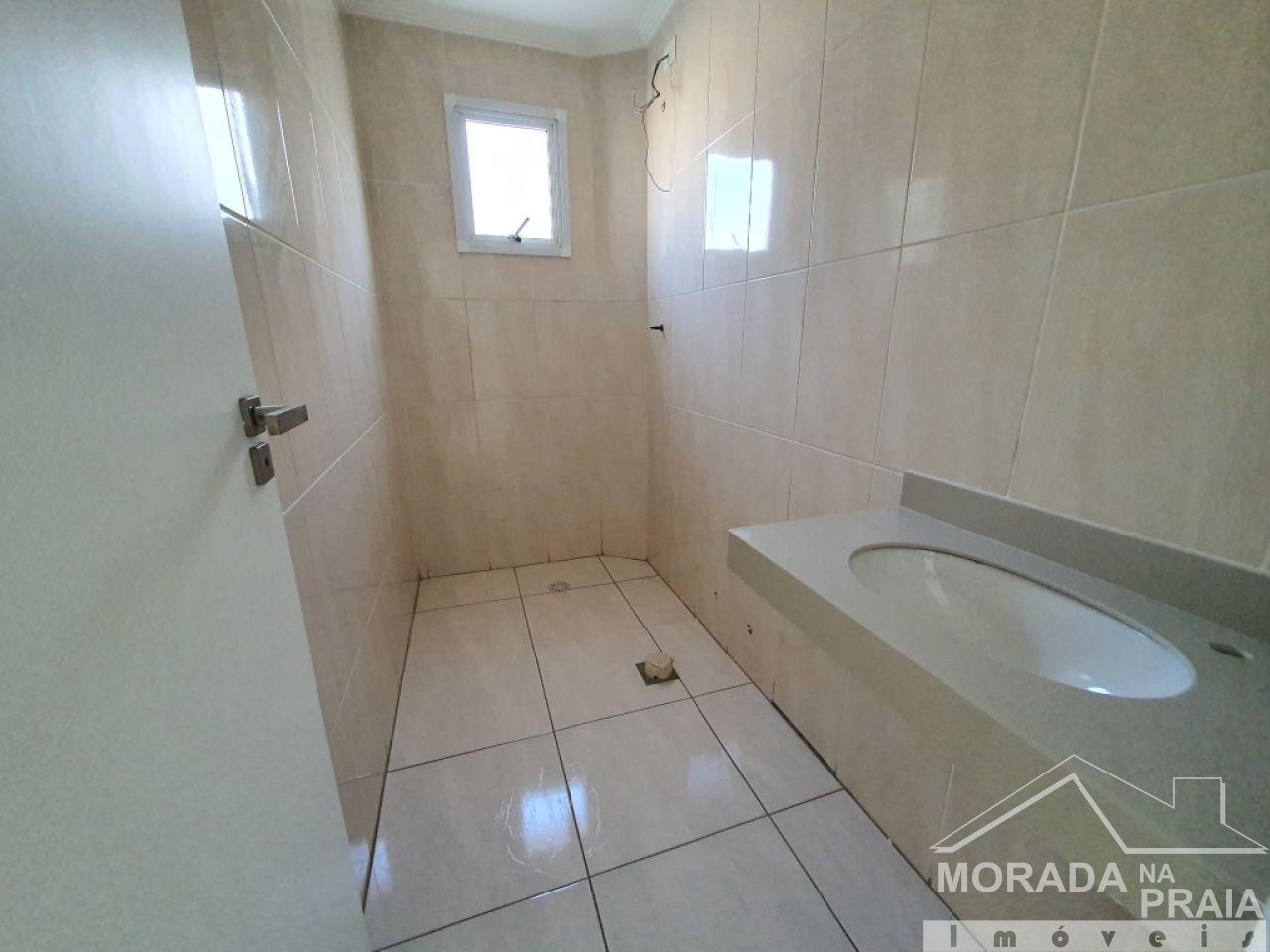 WC social do apartamento com 3 dormitórios em Vila Guilhermina - Praia Grande