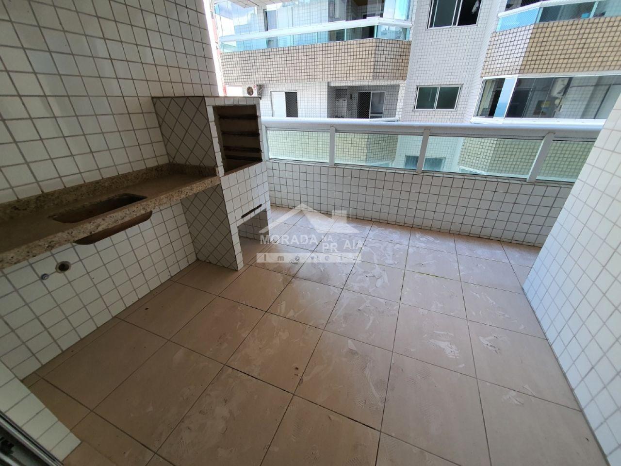 Sacada da sala do apartamento com 2 dormitórios em Vila Guilhermina - Praia Grande