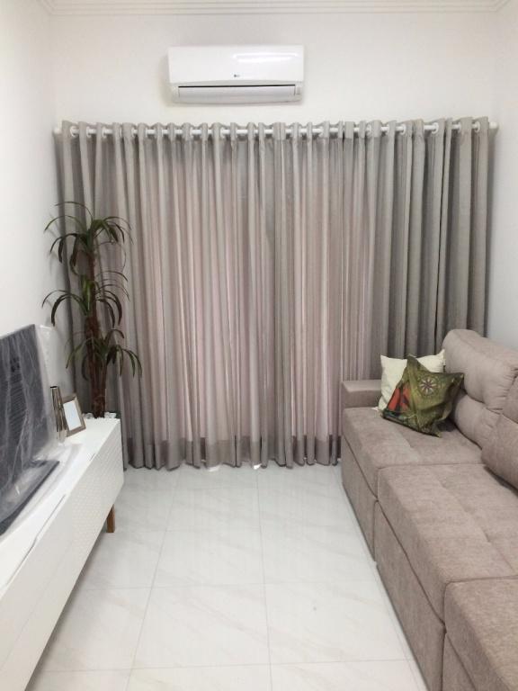 Sala do apartamento com 3 dormitórios em Canto do Forte - Praia Grande