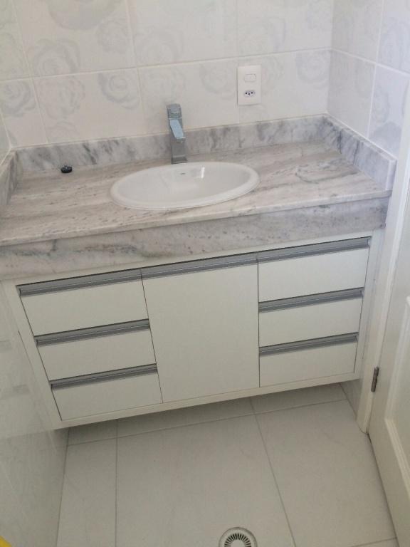 WC suíte 02 e 03 do apartamento com 3 dormitórios em Canto do Forte - Praia Grande