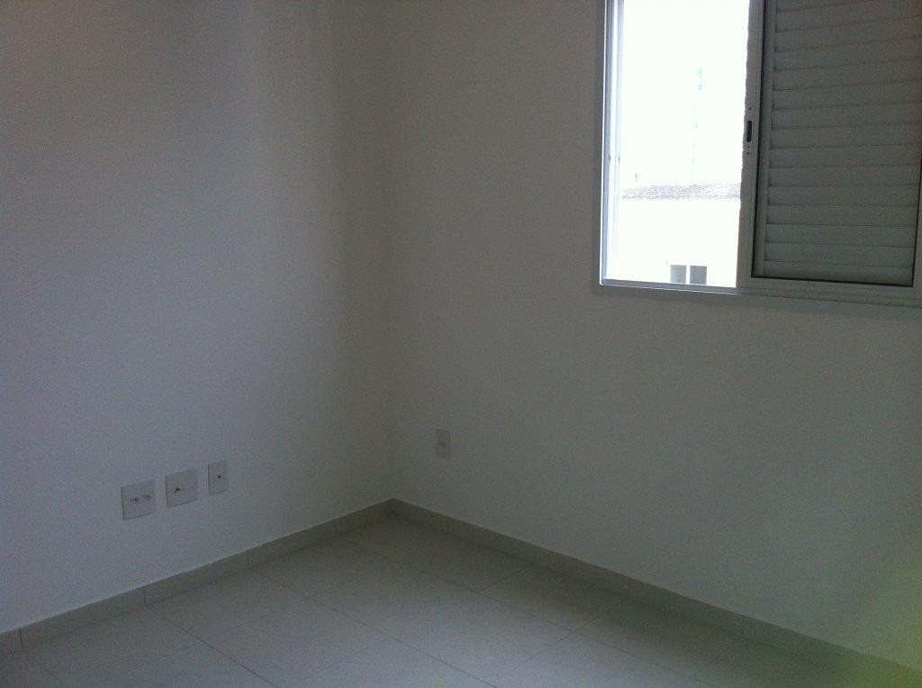 Suíte do apartamento com 1 dormitórios em Canto do Forte - Praia Grande
