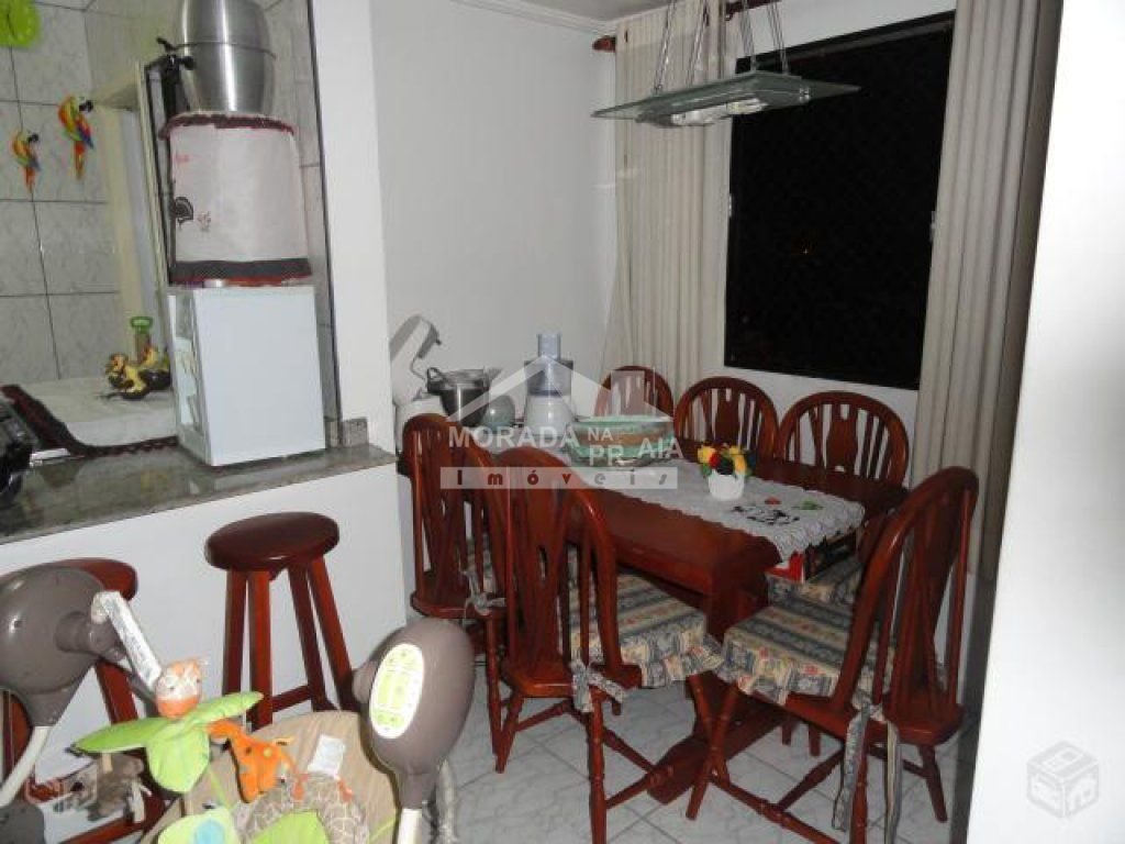 Sala ângulo 03 do apartamento com 2 dormitórios em Vila Guilhermina - Praia Grande