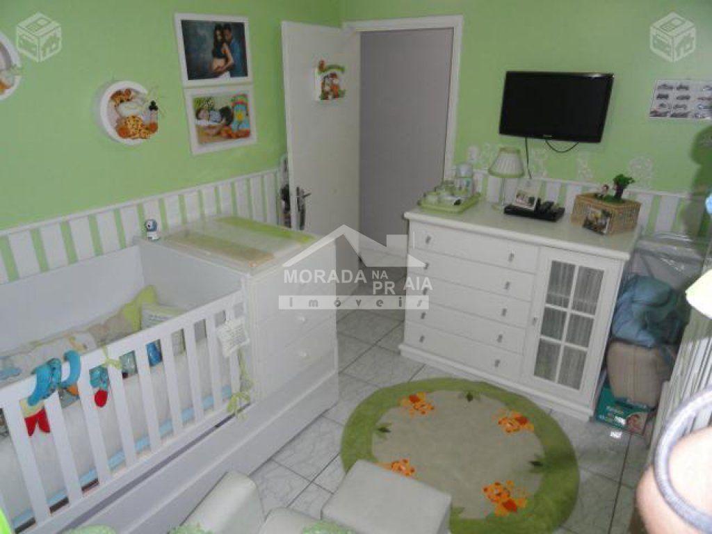 Dormitório 01 ângulo 02 do apartamento com 2 dormitórios em Vila Guilhermina - Praia Grande